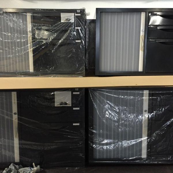 Caddy cabinet ( Mobile) 600mm(H) x 900mm(W) x 450mm(D) (left hand door)-187